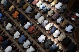 En este artículo exponemos y desmontamos diez populares mitos sobre el Islam que son falsos