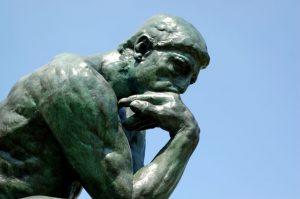 Una vez establecido qué es el conocimiento, lo siguiente es establecer cuáles son las fuentes de conocimiento