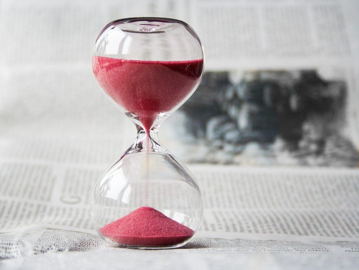 Nuestro tiempo, el que tenemos de vida, es una ni'ma, una bendición, y seremos preguntados qué hemos hecho con él.