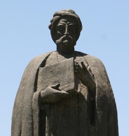 Estatua dedicada a Ibn Jaldún en Túnez