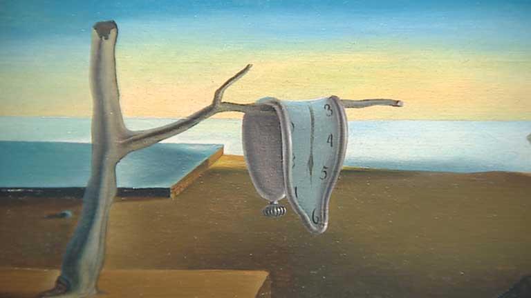 La medición del tiempo es uno de los exponentes de la metafísica naturalista. En este cuadro de Dalí vemos una recreación suurealista