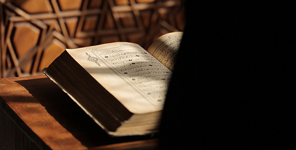 La necesidad de la Revelación es la tercera parte de esta serie después de responder a las preguntas ¿quién nos ha creado? Y ¿Por qué estamos aquí?